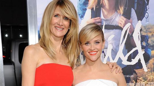 Reese Witherspoon se svou filmovou matkou Laurou Dern.
