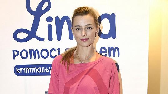Ivana podpořila projekt osvěty domácího násilí.