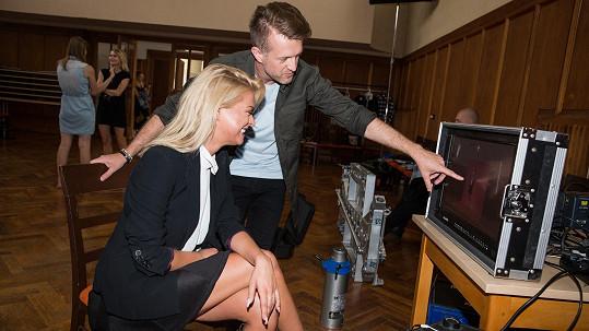 Kristýnu si pro natáčení klipu vybral další mladý zpěvák.