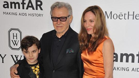 Harvey Keitel s manželkou Daphnou a synem Romanem