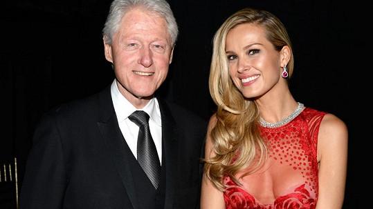 Bill Clinton s českou kráskou Petrou Němcovou