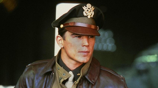 Josh Hartnett v Pearl Harboru