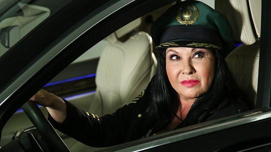 Dáda Patrasová za volantem