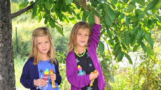 Sofie a Alexandra jdou v pondělí poprvé do školy
