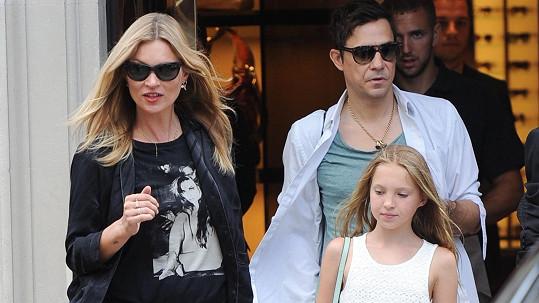 Kate Moss s manželem a dcerou