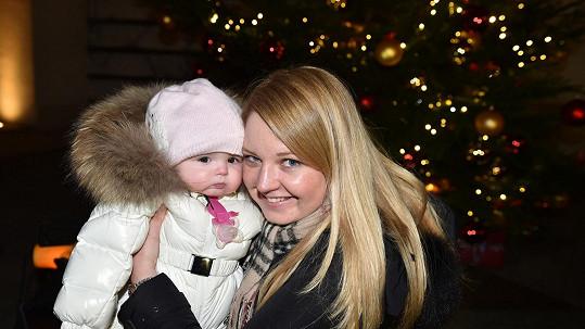 Karolína Milerová s rozkošnou dcerkou Emou