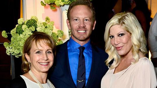 Hvězdy seriálu Beverly Hills 90210 spolu udržují přátelské vztahy.