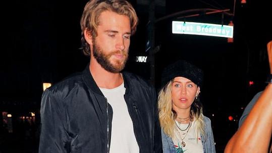 Když mu Miley dala k podpisu předmanželskou smlouvu, Liam se prý doslova rozzuřil.
