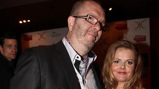 Richard Müller s těhotnou přítelkyní Vandou Wolfovou