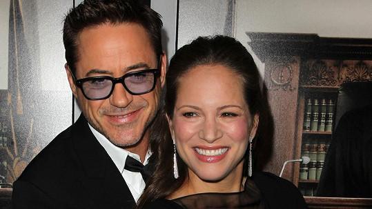 Robert Downey Jr. se svou ženou Susan oslavují narození dcery.