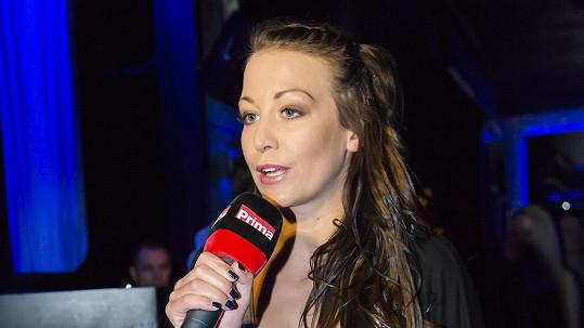 Agáta Prachařová je novou hvězdou VIP zpráv. A prý za hříšné peníze.