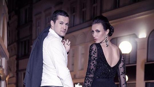 Táňa a Zdeněk mají vykradený byt.