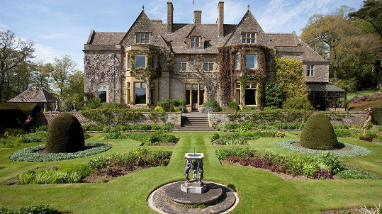 Miliardové bydlení v Gloucestershire...