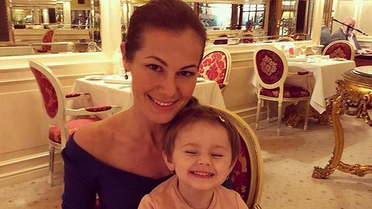 Jana Doleželová s dcerou