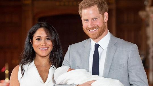 """Vévodkyně Meghan manželovi Harrymu veřejně popřála k 35. narozeninám. A neomezila se na formální """"všechno nejlepší""""."""