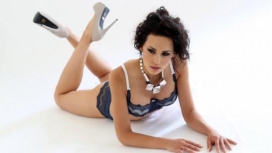 Modelka Kateřina Votavová šla zase do spodního prádla.