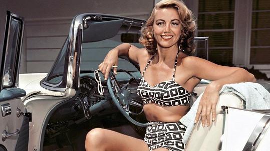 Dorothy Malone zemřela. Patřila k atraktivním hollywoodským herečkám.