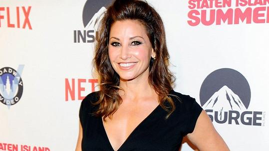 Gina Gershon vypadá po padesátce senzačně.