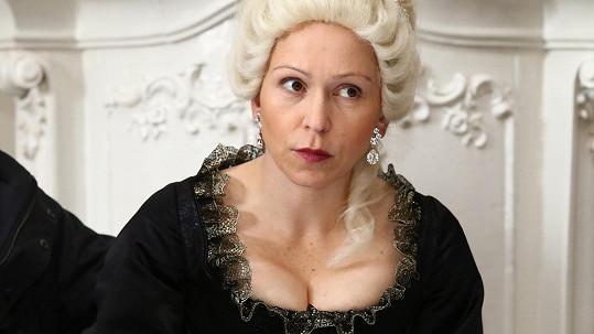 Zuzana Stivínová jako maminka Marie Terezie