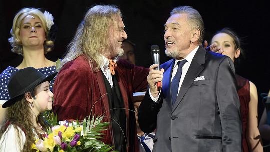 Karel Gott na premiéře Času růží