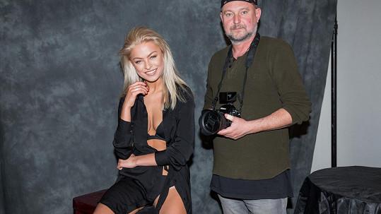 Kristýna Kubíčková vystavila své sexy křivky v prádle.