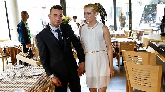 Sámer Issa se svou údajnou přítelkyní Hankou
