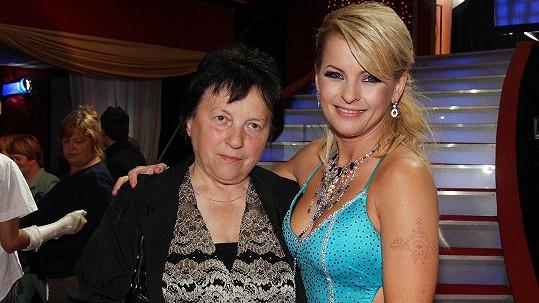 Iveta Bartošová s maminkou Svatavou