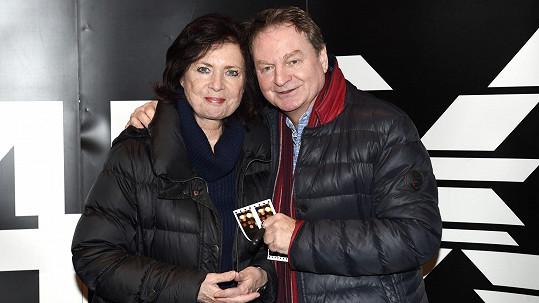 Petr Jančařík s manželkou doufají, že jejich syn Michal bude zas chodit.