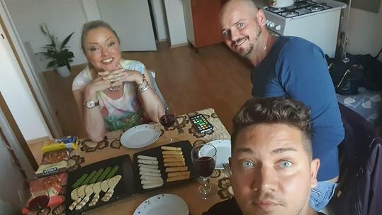 Dominika Gottová pozvala na návštěvu kosmetika a kadeřníka.