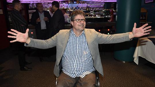 Michal Jančařík po těžké nemoci ledvin skončil na vozíku. Stále ale bojuje.