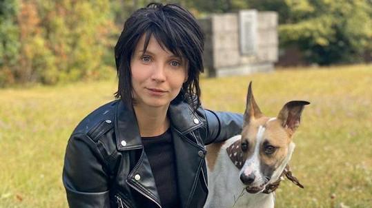 Jana Plodková bude brunetkou v psím filmu Gump.