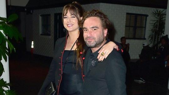 Johnny Galecki a Alaina Meyer