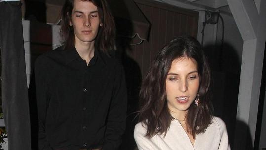 Dylan s přítelkyní Avery Wheless
