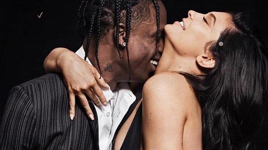 Kylie Jenner a Travis Scott pro GQ