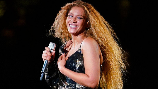 Beyoncé promluvila o těhotenství.