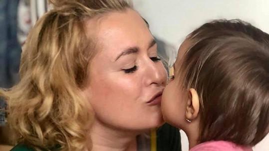 Miluše Bittnerová se svou dcerkou