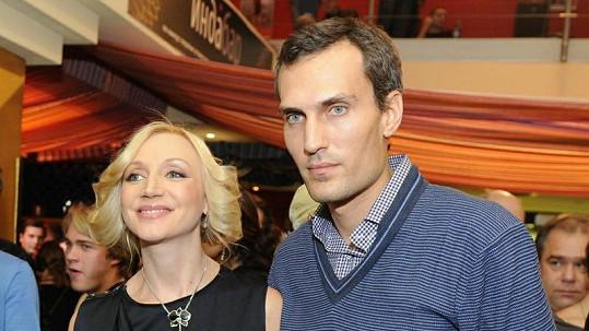 Zpěvačka Kristina Orbakajte s manželem Michailem Zemcovem.