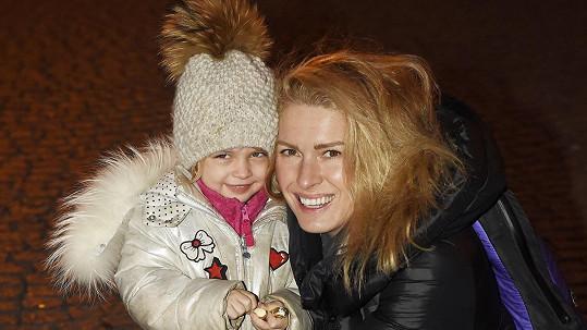 Olga Menzelová s dcerou Evičkou