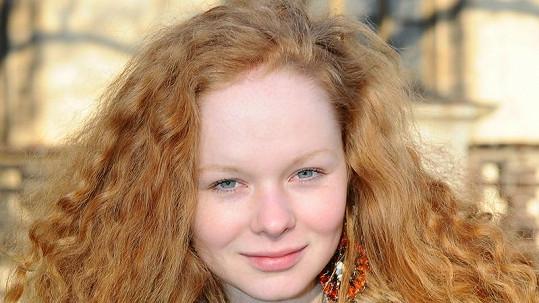 Anna Linhartová je nádherná.