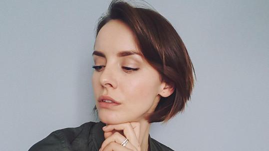 Gabriela Lašková se nechala ostříhat.