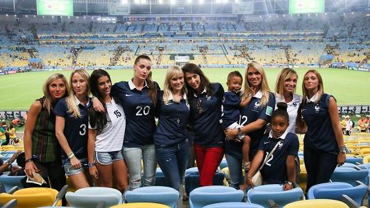 Do Brazílie přijely fandit manželky a přítelkyně francouzských fotbalistů.