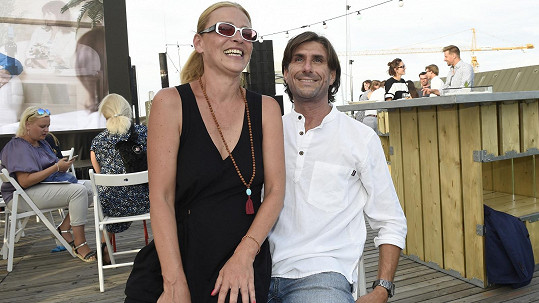 Lucie Zedníčková s přítelem na akci vrkali jak čerstvě zamilovaní.