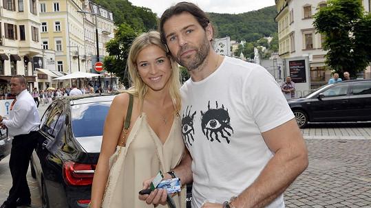 Jaromír Jágr s přítelkyní Veronikou Kopřivovou