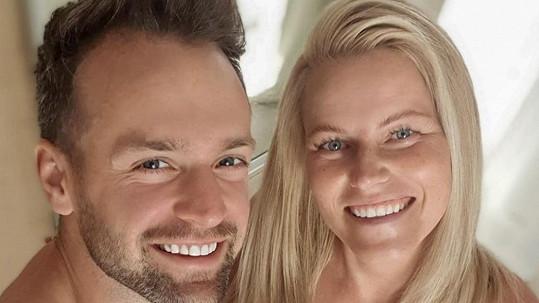 Jakub Kraus s těhotnou manželkou Evou se fotili ve spodním prádle.