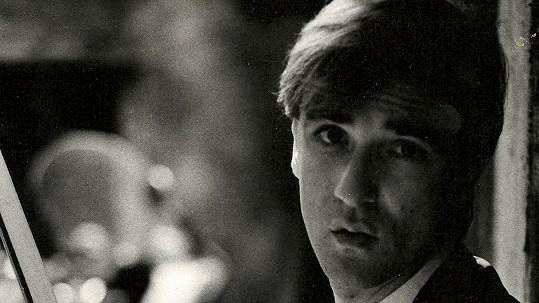 Známý československý zpěvák na fotce z roku 1984