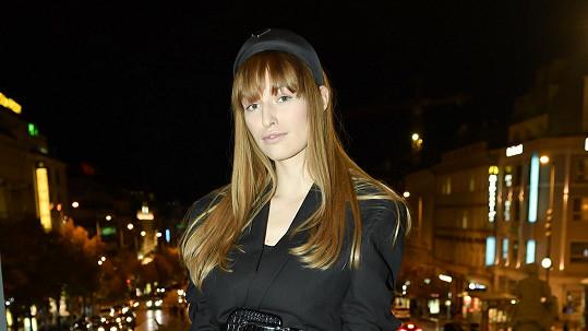 Vanda Janda překvapila mnohem světlejší barvou vlasů.