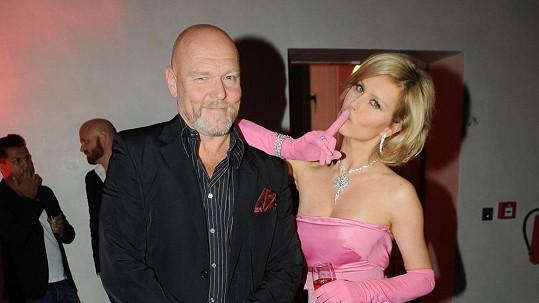 "Marek Vašut označil Simonu Krainovou za ""českou Marilyn""."