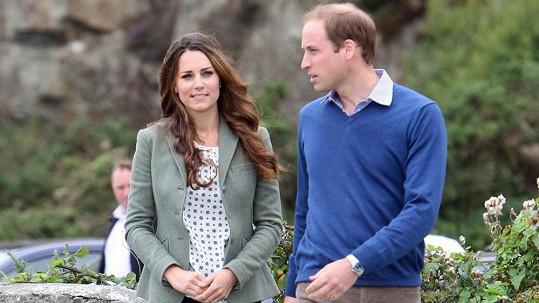 Kate s Williamem zahájili maraton ve Walesu.