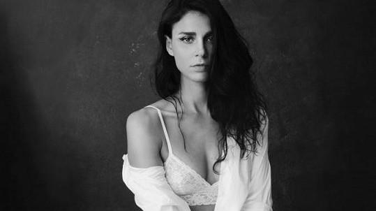 Lilian Sarah Fischerová se modelingu věnuje sporadicky.