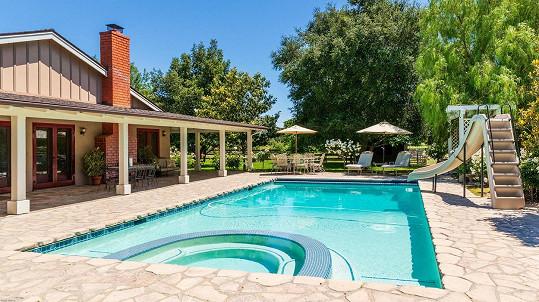 Jennie Garth prodala ranč v Los Olivos